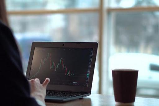 puoi fare soldi comprando e vendendo bitcoin corsi di formazione forex