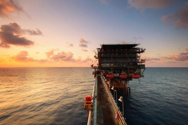 Futures petrolio: la guida completa su cosa sono e come funzionano redatta dal team qualificato di InvestimentiFinanziari.net.